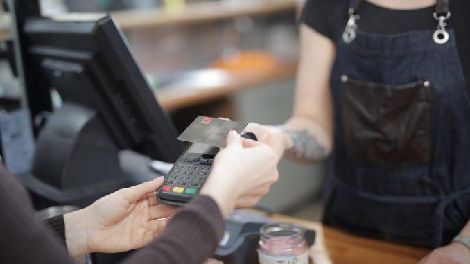 Paiement sans contact : hôtel et restaurant